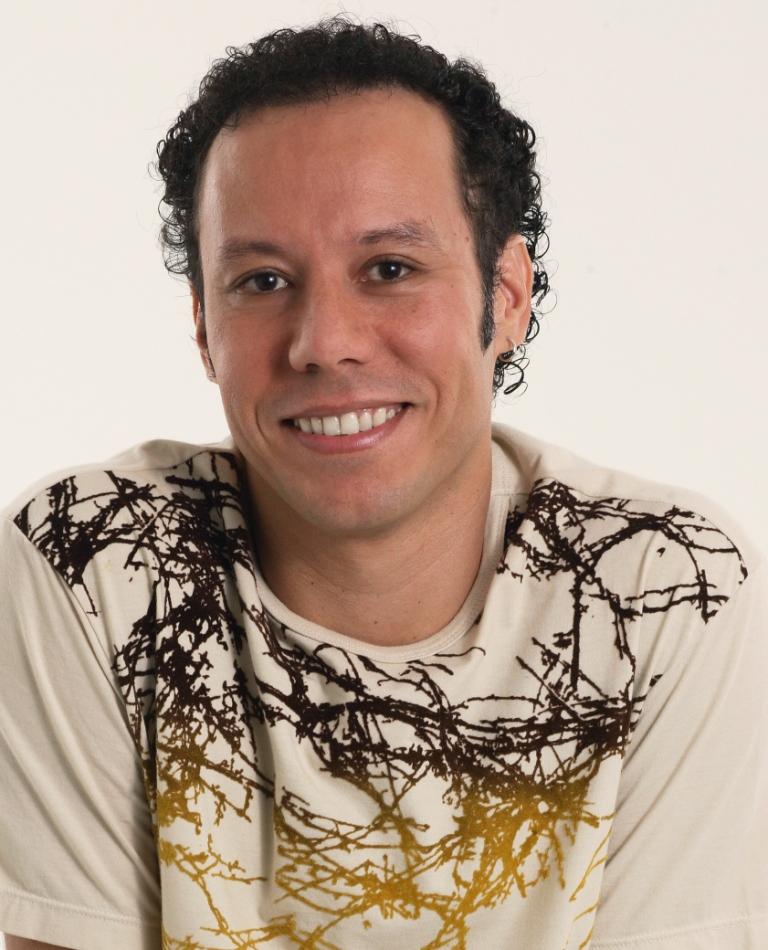 Artist Profile: Marcelo Guima